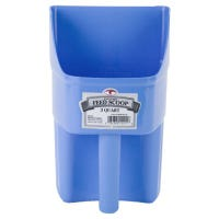 Feed Scoop, Enclosed, Berry Blue Plastic, 3-Qts.