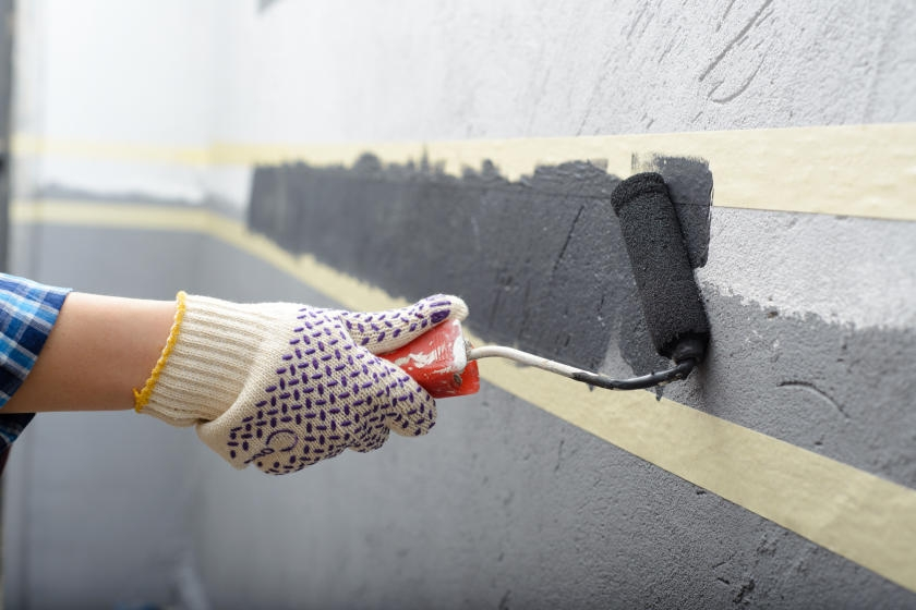 Painting solid border in middle of wall