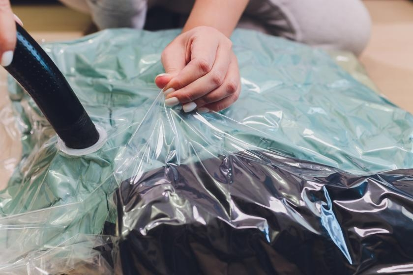 Vacuum sealing clothes for storage