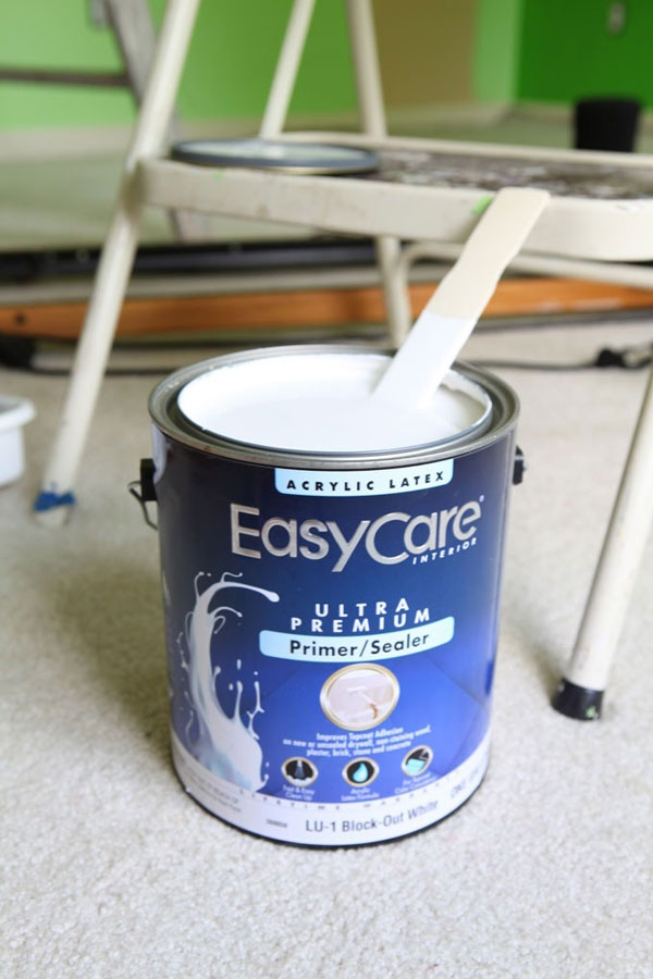 EasyCare Ultra Premium Primer/Sealer in Block-Out White